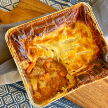 Load image into Gallery viewer, Beef and Beer Pie