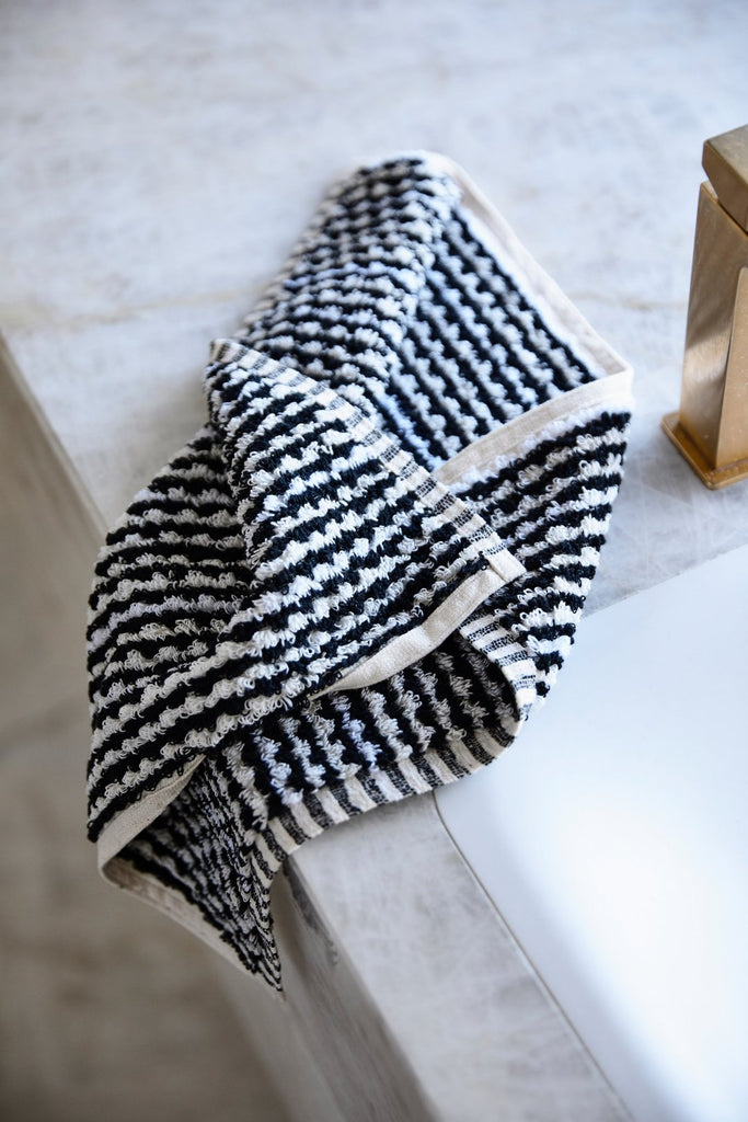 Black & White Wave Towels
