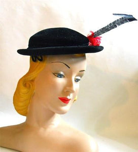 Dramatic Spike Feather Trimmed Black Mini Hat circa 1950s
