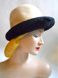 Mod Ivory Felted Fur Rolled Brim 1960s Hat