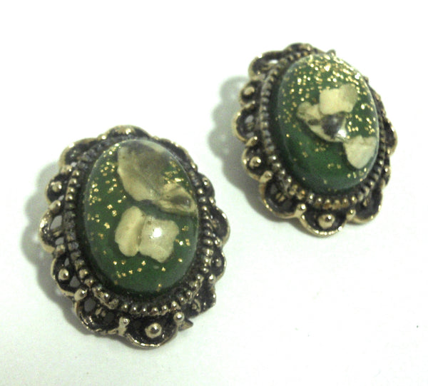 Confetti Flecked Green 1960s Lucite Clip Earrings
