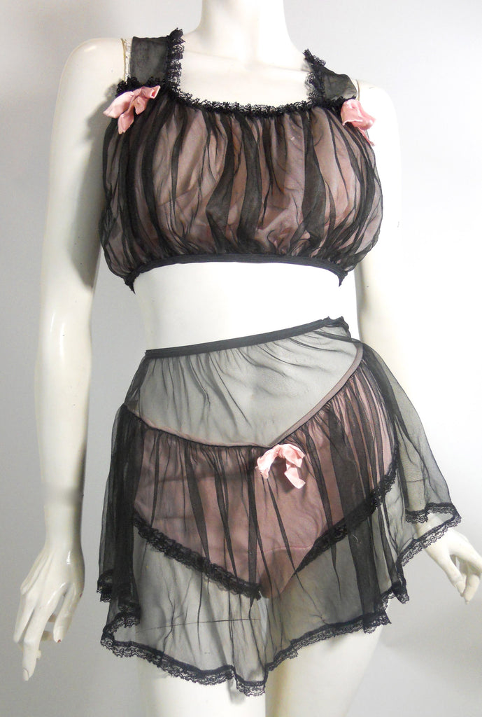 Pin-Up Pretty Pink & Black 2 Piece 1960s Lingerie Set