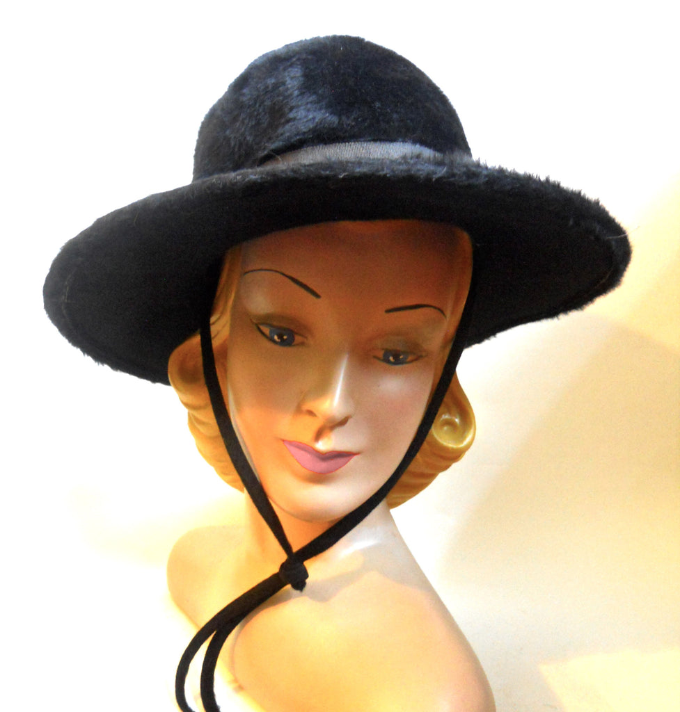 Jet Black Felted Fur Wide Brimmed Mod 1970s Hat