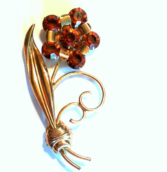 Rich Honey Rhinestone Flower Statement Brooch circa 1940s