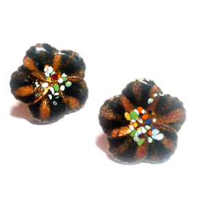 Artsy Enameled Metal Flower Screwback Clip Earrings circa 1940s