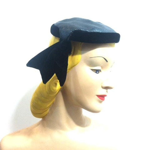 Black Sisal and Velvet Cocktail Hat with Side Tab circa 1950s