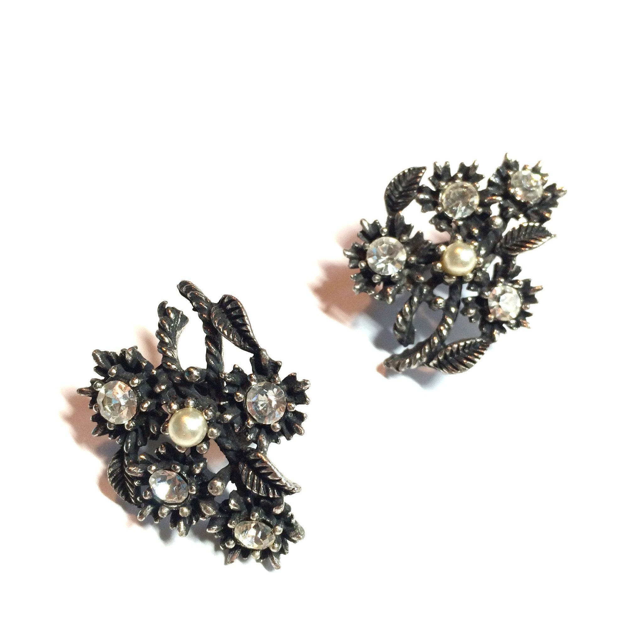 Rhinestone Dotted Japanned Silvertone Metal Clip Flower Earrings circa 1950s