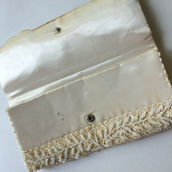 Envelope Style Ivory Beaded Handbag circa 1960s
