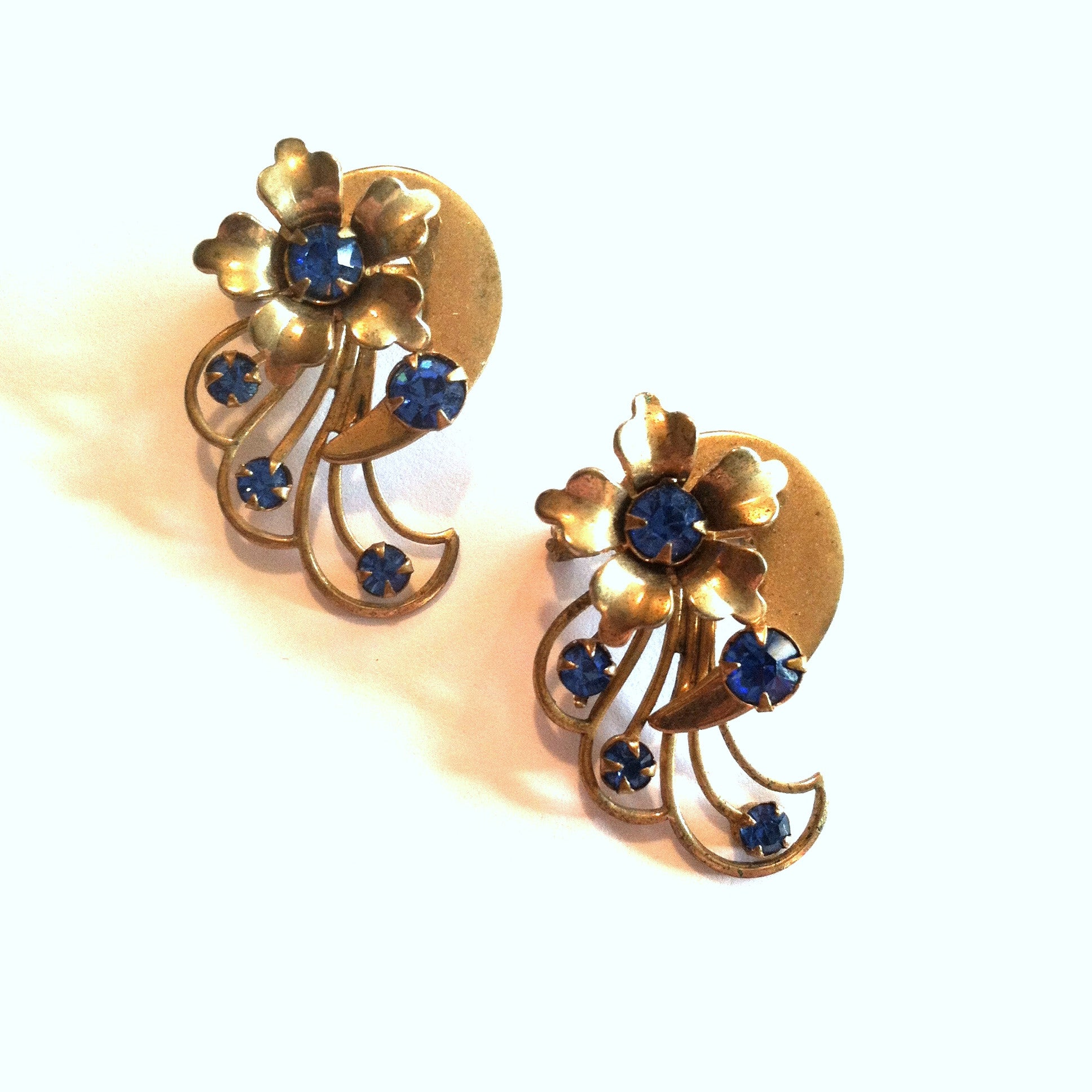 Pair Blue Rhinestone Dotted Flower Scatter Pins circa 1950s