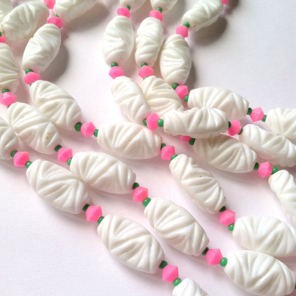 White Carved Bead Necklace w/ Pink Flowers circa 1960s