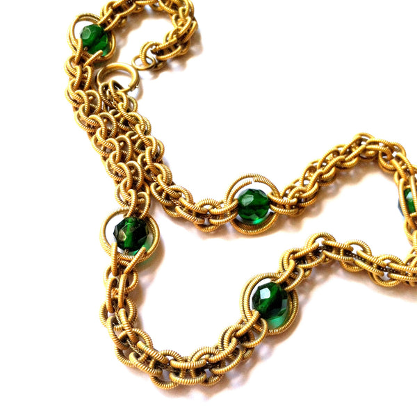 Emerald Green Cut Glass Beads & Etched Gold Loop Chain Necklace circa 1930s