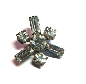 Dainty Bold Atomic Star Shaped Rhinestone Mini Brooch circa 1950s