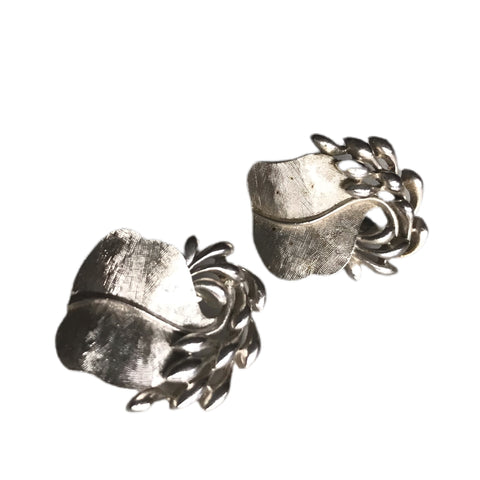 Silver Tone Metal Leafy Clip Earrings circa 1960s