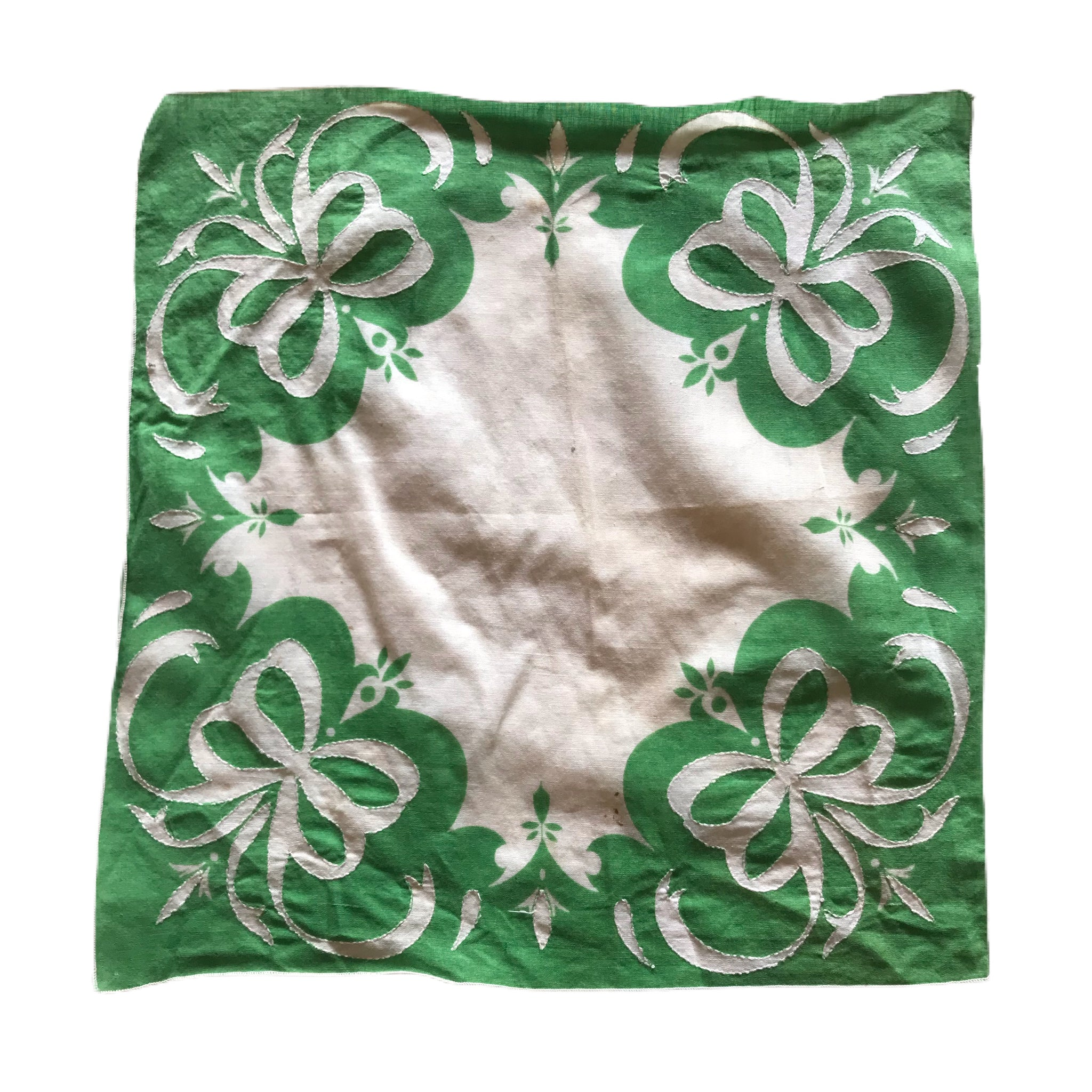 Kelly Green Cutwork Bow Design Cotton Handkerchief circa 1930s