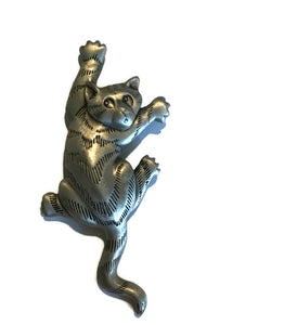 Climbing Kitty Cat Pewter Grey circa 1980s JJ