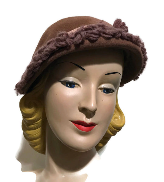 Peaked Woodsy Brown Felted Wool Hat w/ Fringed Brim circa 1930s