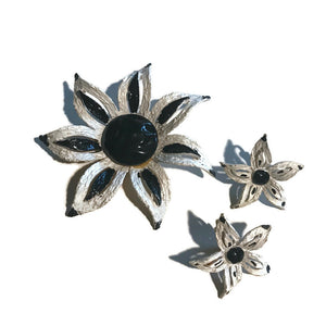 Black and White Sketchwork Style Flower Brooch Clip Earrings circa 1960s