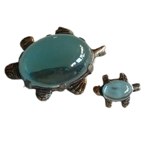 Ocean Blue Glass Cabochon Sea Turtle Pair Brooches Pins circa 1940s