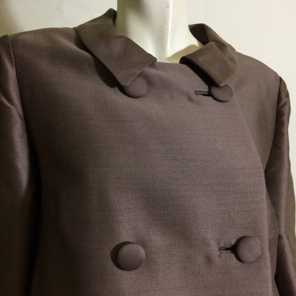 Greige Silk Coat and Skirt Walking Suit - Skirt Pockets! circa 1960s