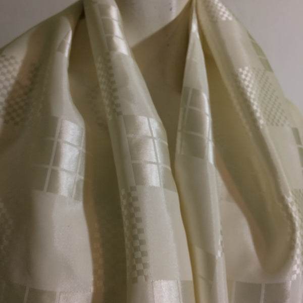 Dashing White Block Design Fringed Scarf circa 1940s