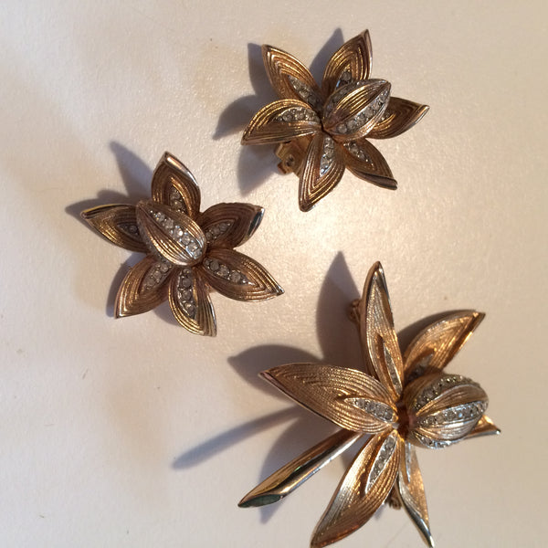 Goldern Orchid Rhinestone Adorned Brooch and Earrings Set circa 1940s