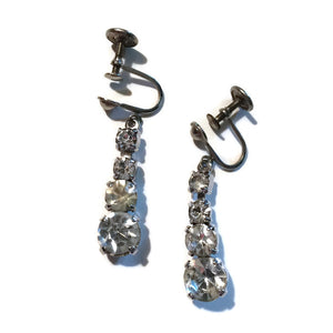 Gradient Size Sparkling Drop Rhinestone Clip Earrings circa 1940s