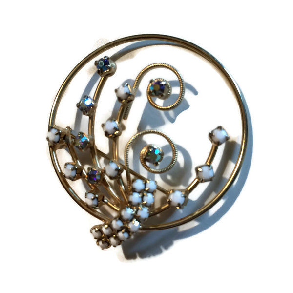 White Glass and Rhinestone Swirled Gold Tone Metal Brooch circa 1950s