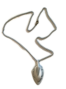 White Enameled Chain Necklace with Oblong Pendant circa 1970s