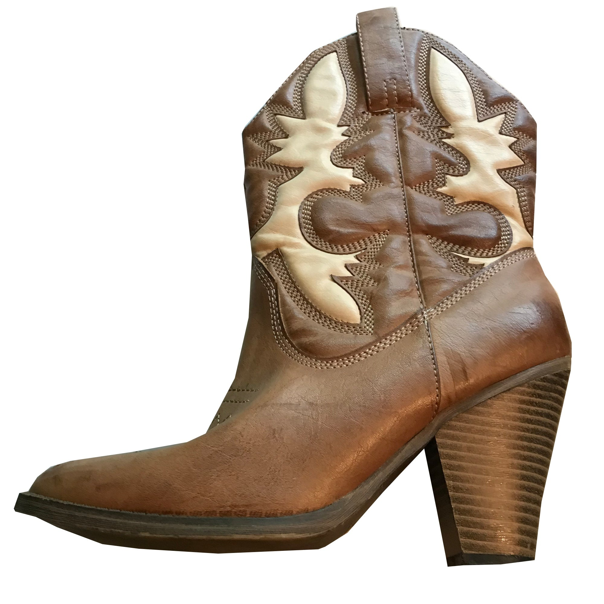 High Heeled Faux Leather Western Style Cowgirl Boots circa 1980s 8.5
