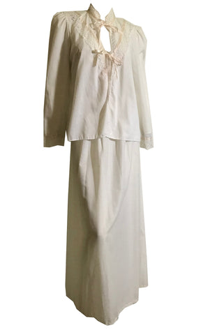 Romantic White Cotton Nightgown and Jacket Peignoir Set with Lace and Pink Ribbons circa 1970s