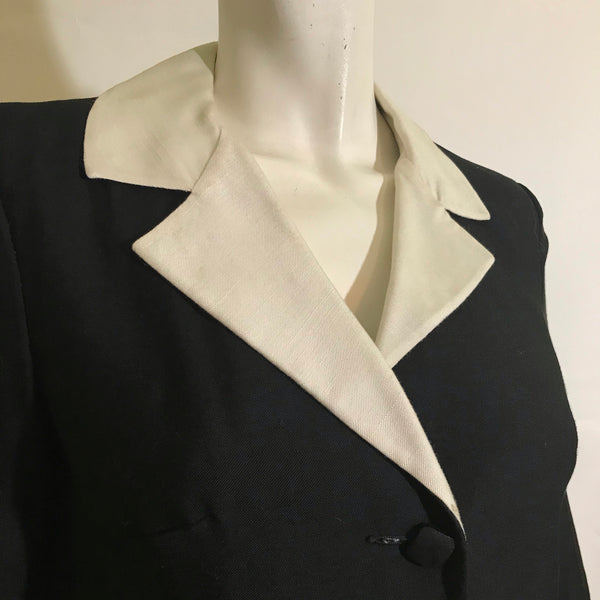 Smart Classic Black and White Linen Weave Rayon Jacket circa 1960s