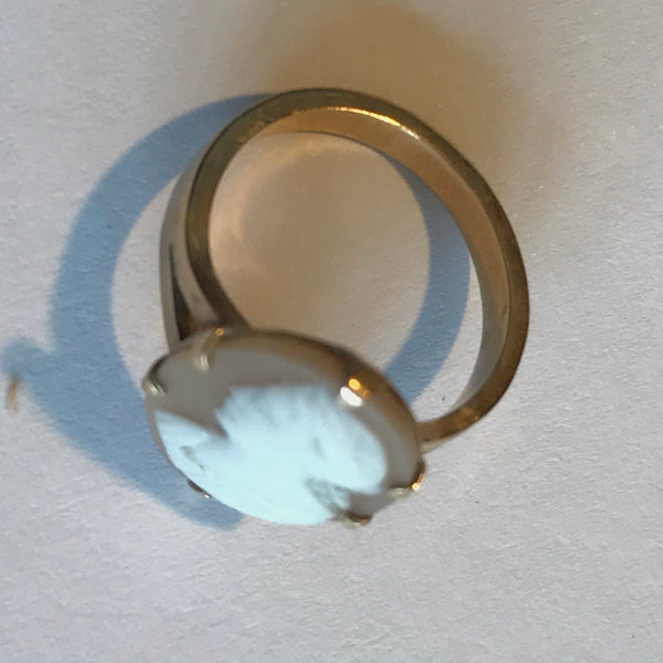 Diminuitive Cameo Ring Gold Tone Band circa 1950s
