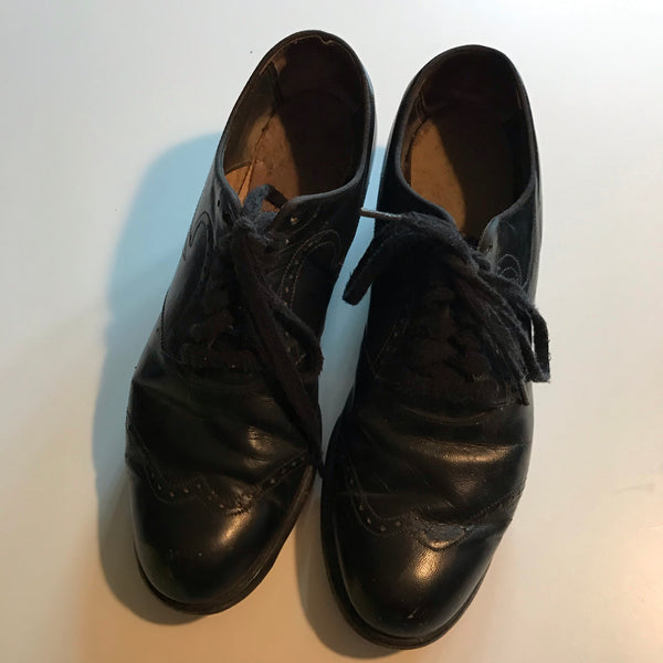 Top Stitched Spectator Wingtip Loafer Black Leather Shoes circa 1940s