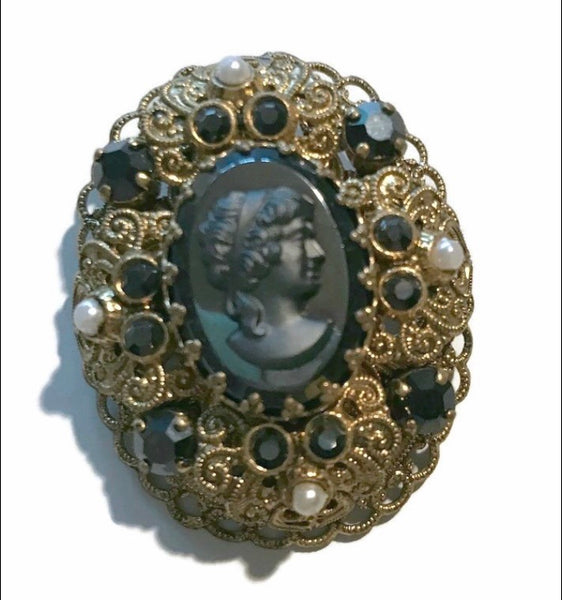 Black and Gold Faux Pearl Trimmed Cameo Style Silhouette Brooch circa 1960s