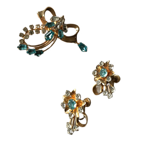 Aqua And Gold Tone Metal Floral Brooch and Screw Back Clip Earrings Demi Parure Set circa 1950s