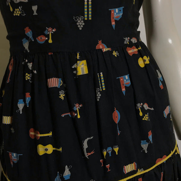 Italian Themed Novelty Print Sun Dress with Gondoliers, Wine, Accordians and Mandolins circa 1940s