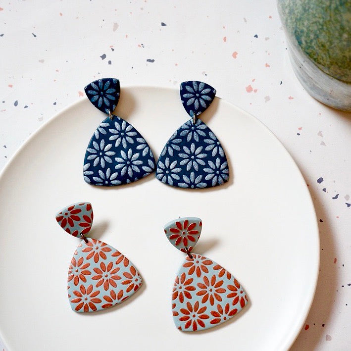 Light Blue Polymer Clay Earrings, Pierced or Non-Pierced Clip-On Options. Handmade Blue Polymer Clay Earrings with Hand Painted Floral Design.