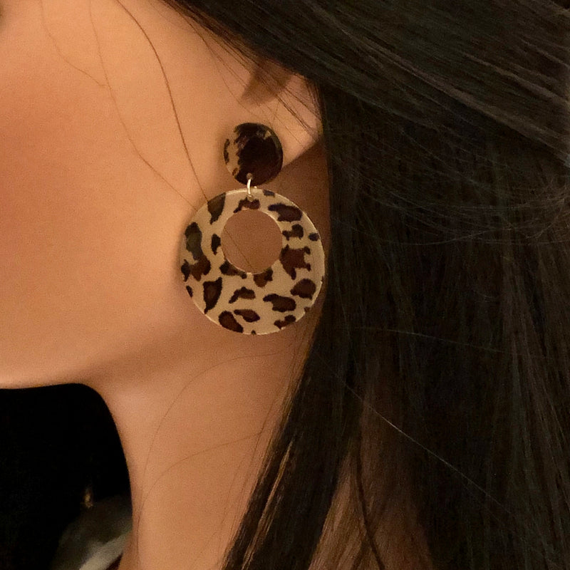 Teardrop Leopard Color Hoops