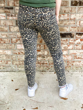 Load image into Gallery viewer, Leopard Skinny Pants