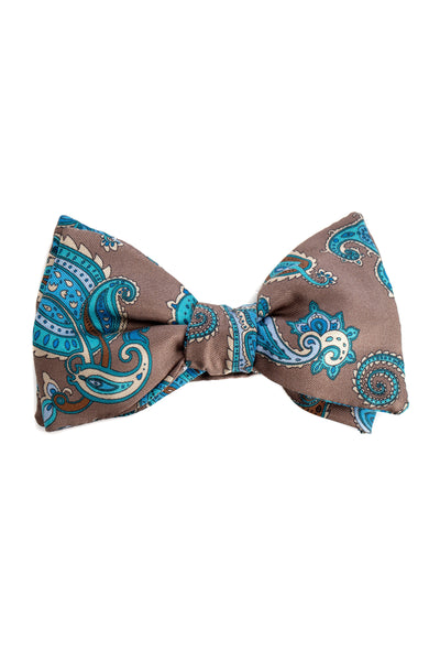 Brown Bow Tie With Paisley Pattern