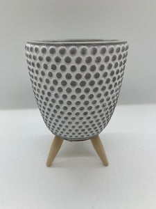 CEMENT TRIPOD POT