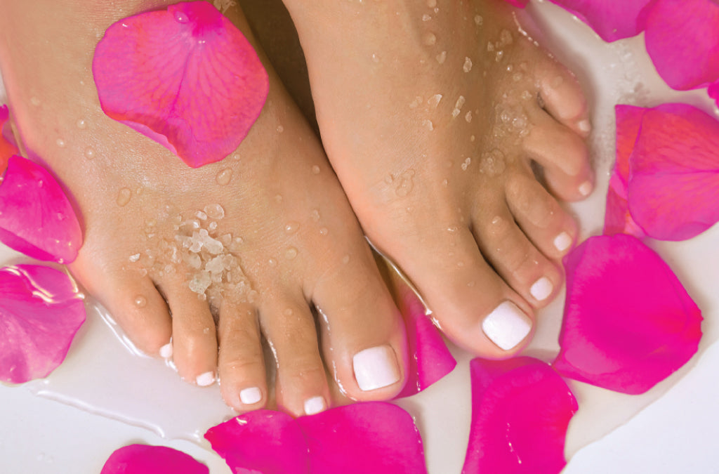 How To Use Bath Salts To Make Your Own Pedicure