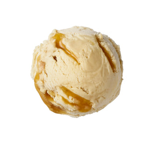 Double Salted Caramel Swirl Vegan Ice Cream Scoop von oben gezeigt