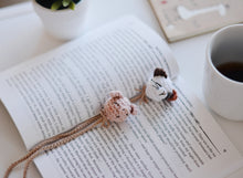 Load image into Gallery viewer, Cat and Pig Bookmark Easy Crochet Pattern PDF - Firefly Crochet