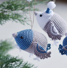 Load image into Gallery viewer, Crochet Pattern Christmas Birds, Decoration for Christmas Tree - Firefly Crochet