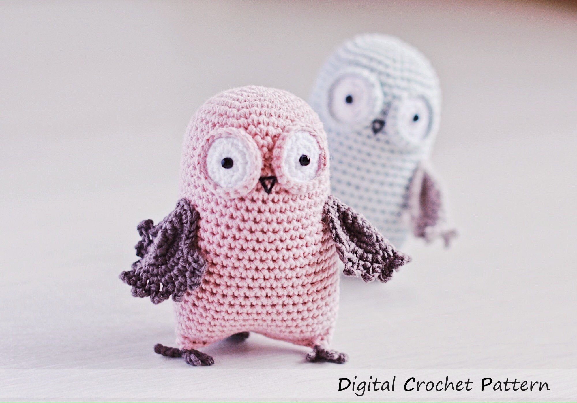 Free crochet pattern: Small amigurumi owls | 1399x2000