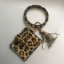 Load image into Gallery viewer, Leopard Keychain Wallet
