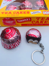 Load image into Gallery viewer, Tea Cake Keyring