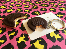 Load image into Gallery viewer, Jaffa Cake Keyring