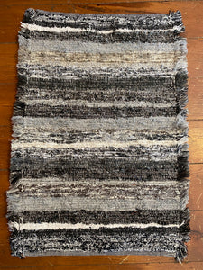 "Handwoven Rug Black/Grey Series 20""W x 27""L"
